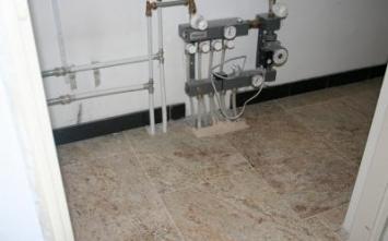 Vloerverwarming - woonkamer tegels.nl